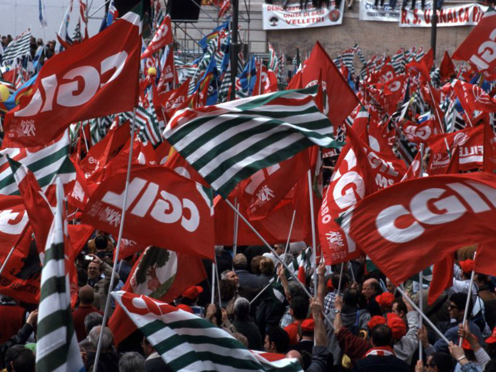 I parlamentari calabresi snobbano i sindacati e for Parlamentari calabresi